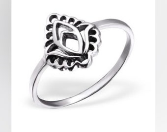Bloom sterling silver ring