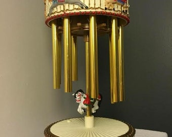 Vintage AVON Christmas Horse Carousel with Chimes Plays 12 songs