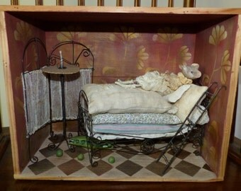 The Princess and the pea - Diorama - mouse paper mache