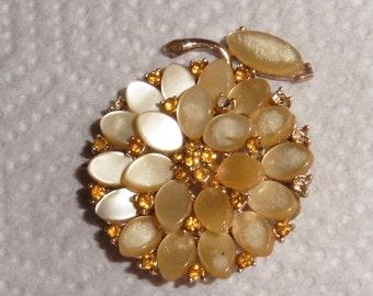 Vintage Mother of Pearl Flower Brooch