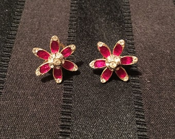 Vintage red cystals clip earrings