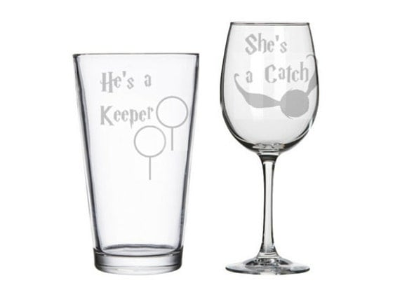 He's a Keeper She's a Catch Harry Potter his and hers glasses set, HP toasting champane flutes clarets, geeky nerdy Potter wedding gift