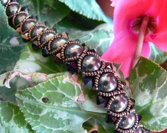 "Bracelet ""Caterpillar"" with pearls and Swarovski bicones"