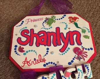 Personalized Ariel Bow Hanger