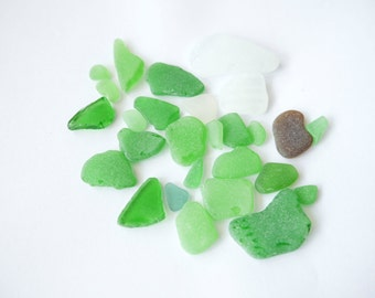 30 pcs natural sea glass, White and green sea glass, Natural sea glass from White sea, sea glass for crafting, beach wedding, real sea glass