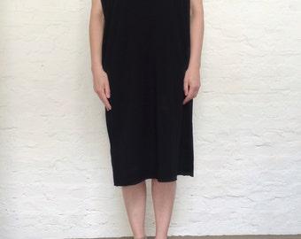 black dress, shirt sleeve dress,oversized dress
