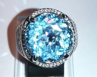 Lusterous 15.50 CT Natural Blue Topaz Silver Ring 925 Stamp