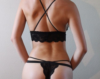 The Phoenix Thong - Black