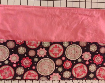 Pink Mandala Brush roll