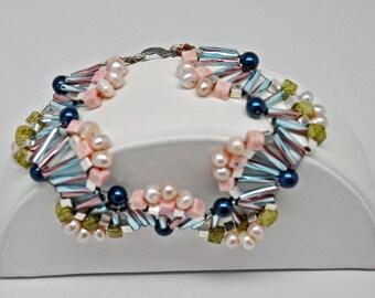 Fanned Harlequin beaded Bracelet