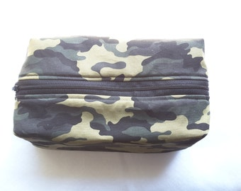 Camouflage zippered bag ,Camo Toiletry bag, mens camo bag, Camo bag