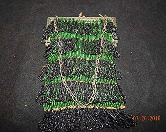 Vintage from 1910-1920 beaded purse in green and black