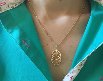 Three Ring Necklace, Dainty Circle Necklace, Delicate Necklace, Pendant, Chain, Charm Necklace, Ring Necklace, Gold Three Ring Necklace,
