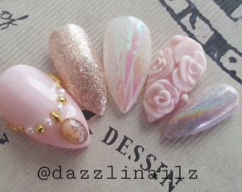 Dreamy princess pink 3D and Holographic Glitter nails/Press on nails/Fake nails/False nails/Faux nails/Glue on nails/Nail art/Fancy/cute