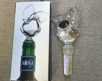 "Mikasa Lead Crystal Bottle Stopper ""Apple Orchard """