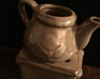 Tan teapot oil warmer