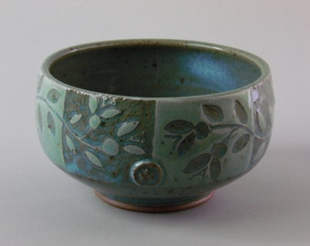 Hand-etched Leaf and Vines Bowl