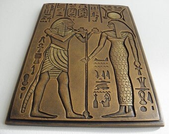horemheb goddess Isis