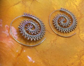 Spiral brass earrings