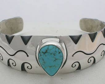Handmade Taxco Silver Jewelry Bracelet with Turquoise, Designer Cuff Bracelet, Silver and turquoise Mexican jewelry, Taxco handmade cuff