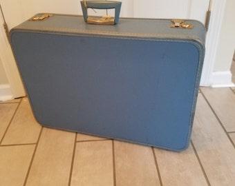 Vintage Travel Pet Bed - Medium (Light Blue)