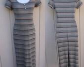 90s Vintage Ribbed Midi Maxi Stretch Knit Body Con Dress / 1990s Wiggle Tee Shirt Dress / Size Sml