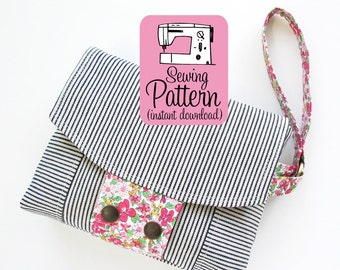 Aster Wristlet PDF Sewing Pattern | Wristlet Clutch Handbag Purse with Zipper Pockets Sewing Pattern PDF