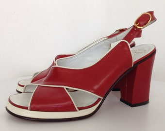 70s Amalfi Rangoni Vintage Sandals Platform Chunky Block Heel Shoes Heels Red White Criss Cross Italian Leather Italy Entrata Heels 6 B