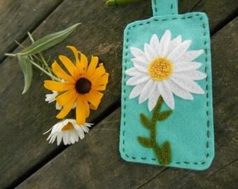 Daisy Flower Fiber Art, Embroidery Art, Miniature Wall Art, Flower Wall Art, Mini Wallhanging, Mother's day