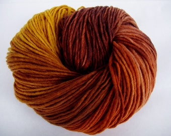 AMBER FOREST, super soft merino yarn, hand dyed merino yarn, worsted yarn, superwash yarn, aran yarn, 3.5oz/222yds, 100g/200m, 100% wool