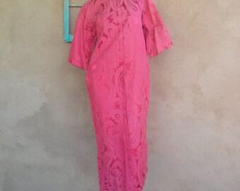 Vintage 1960s Dress Caftan Red Paisley Damask Loungewear US8 2012318