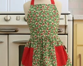 Vintage Inspired Christmas Apron for Little Girls - Small Xmas Hollies