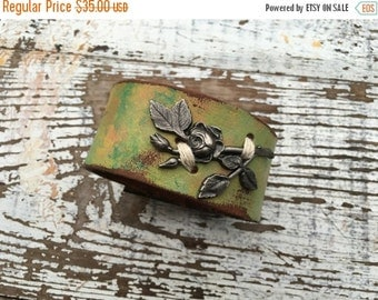40% FLASH SALE- Floral Leather Cuff-Painted Leather Cuff