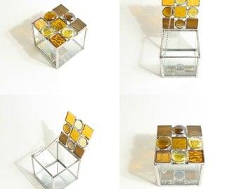 Stained Glass Box, Amber Glass, Jewelry Box, Decorative Box, Minimalist Design, Geometric Style, Small Box, Mosaic Box, Mirror Base