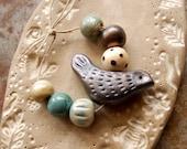 Golden / Ceramic Bird Bead Set