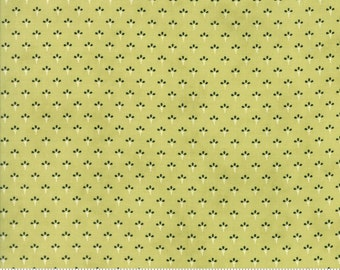 Chestnut Street - Turkey Tracks in Moss Green: sku 20277-16 cotton quilting fabric by Fig Tree and Co. for Moda Fabrics - 1 yard