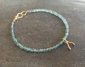 Make A Wish Sparkling green mystic quartz Wishbone Charm Bracelet. Minimalist bracelet.