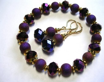 Purple and gold stretch bracelet Stardust elastic bracelet earring set stardust and crystal gold plate leverback hooks wire wrapped