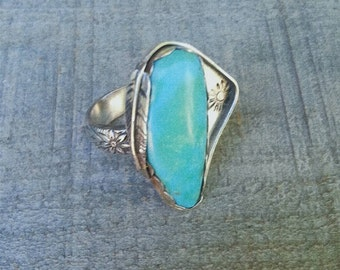 Turquoise Sterling Silver Ring with Patterned Flower Band,  Rings , Handmade Rings
