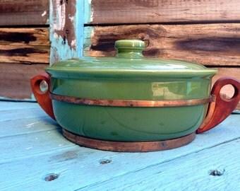 Bauer Lidded Casserole ~ 1 1/2 Quart Bauer Casserole ~ Bauer Casserole Copper and Wooden Rack ~ Large Bauer Casserole Dish Lidded