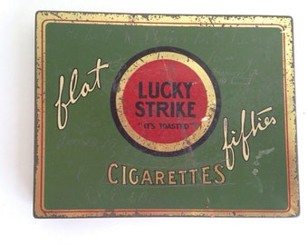 Antique Lucky Strike Cigarette advertising compact tin - vintage