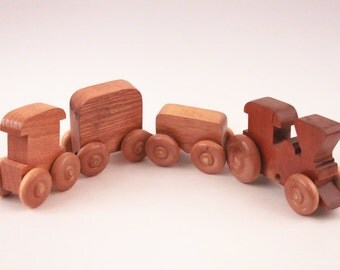 Vintage Wooden Train on a Rope with Several Cars Boy Toy ~ The Pink Room ~ 170201