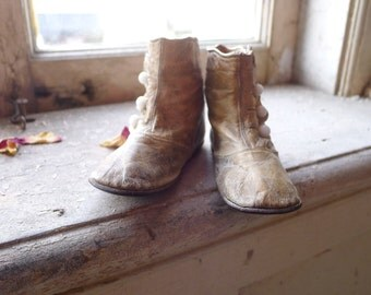 Victorian Child's White Leather Boots