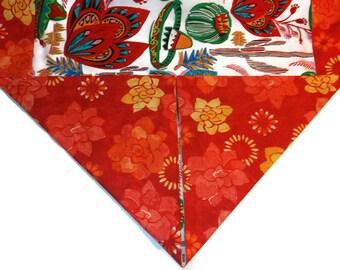 Mexican Table Runner, Fiesta Sombrero Table Runner, Cinco de Mayo, Mexican Folk Art, Mexican Fabric, Mexican Decor, Mexican Kitsch