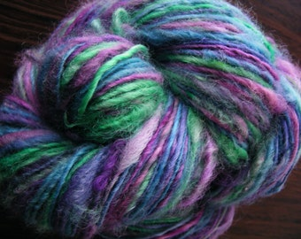 SUMMER DAY Handspun Wool Yarn Fleecespun Coopworth 209yds 6.4oz 8wpi aspenmoonarts knitting art yarn