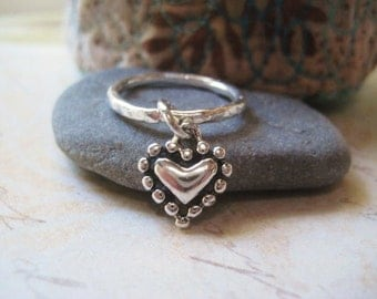 Heart Charm Ring, Sterling Silver, Fine Silver Band, Textured Ring, Hammered Band, Dangling Charm, Charm Ring, Womens Jewelry, candies64