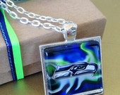 1 SEATTLE  SEAHAWKS Jewelry Glass Pendant Square and Necklace NFL Football Fan Square 25mm