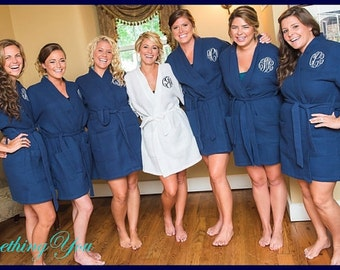 Bridesmaid Robes Set of 5 Monogrammed- White Navy Five Personalized Bridesmaids Robes- Wedding Party Waffle Weave Robes- Bridal Party Robes