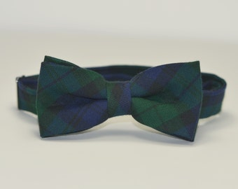 Boy's Bow Tie, Christmas Plaid, Blackwatch Plaid, Green and Navy Plaid Tie, Baby, Toddler, Teen, Boy