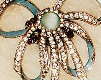 Gorgeously Bold Vintage Rhinestone Bow Ring Ooak
